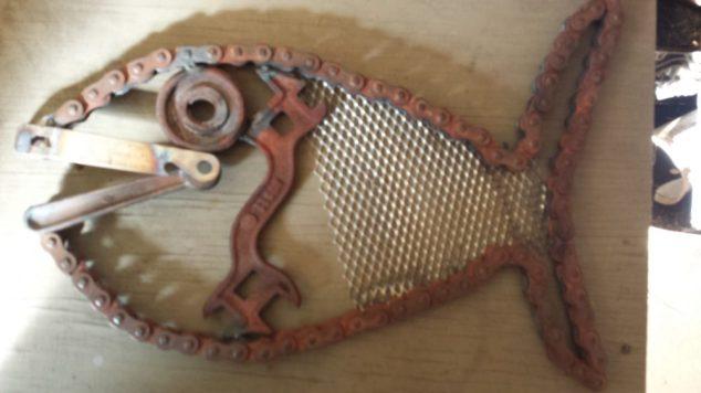 #8 chain fish $29