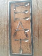 silverware eat sign